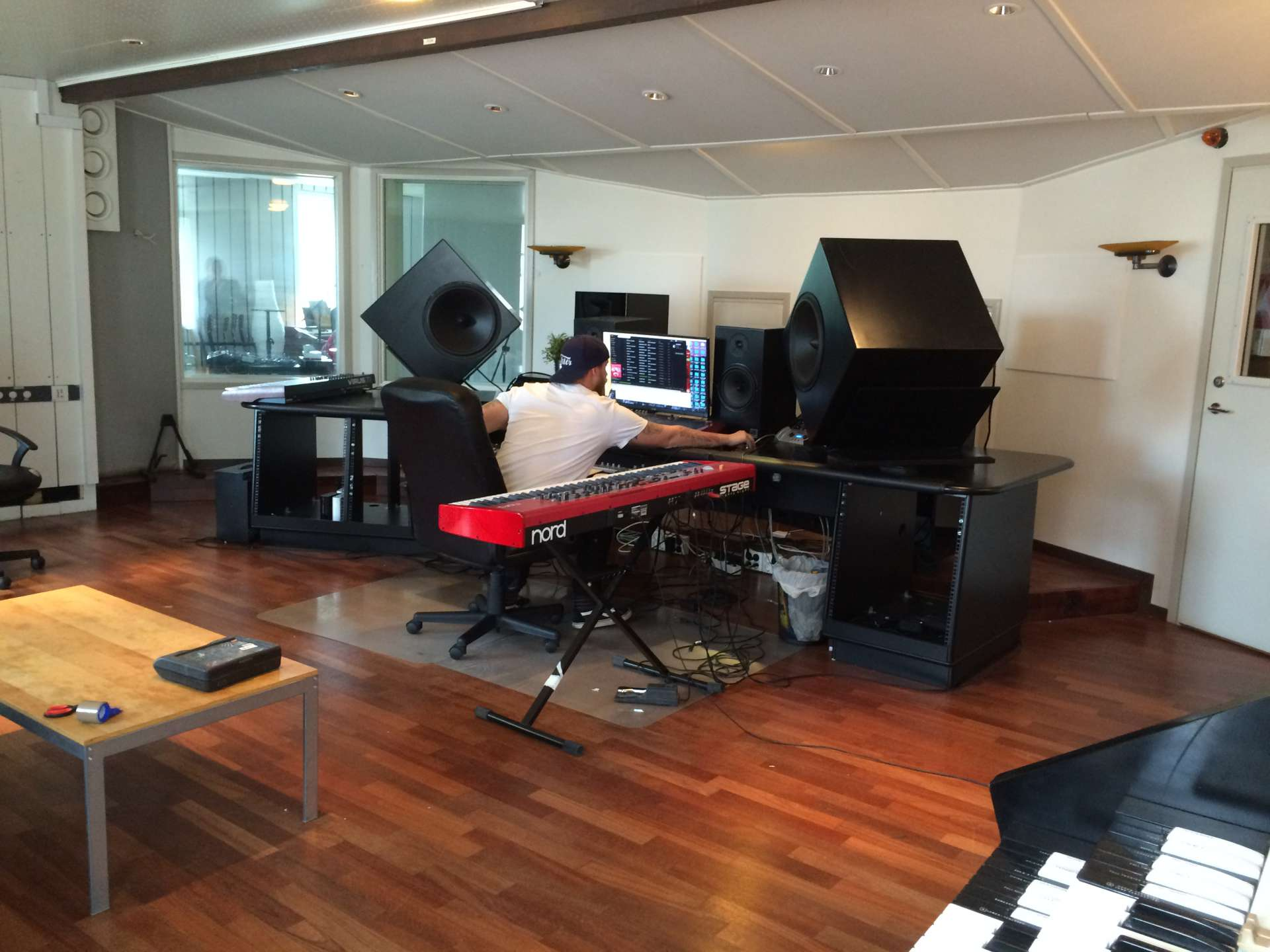 Installation hos hitmakarna Trinity Music